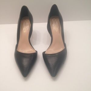 Sole Society Black Leather Pump low heal